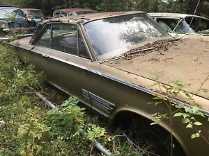 1966 Chrysler 300 2 door hard top with parts car
