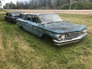 Pair of 1960 Pontiac Safari wagons for sale