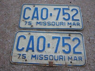 MAR 1975 ORIGINAL Vintage CA0 752 Missouri License Plate MO