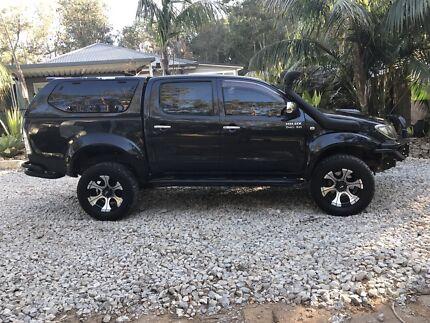 Toyota hilux sr5 4x4 dual cab $24000