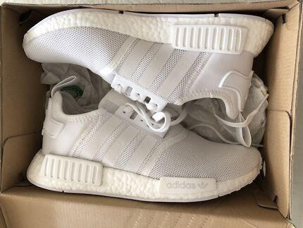 Adidas NMD R1 (Triple White)