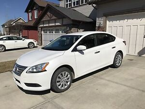 2015 Nissan Sentra S automatic Bluetooth only 23kms