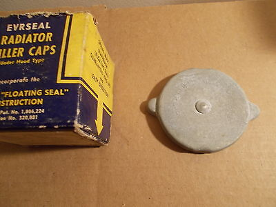 45 46 47 Willys CJ-2A Universal Jeep Radiator Cap NOS ( 4WD ONLY )