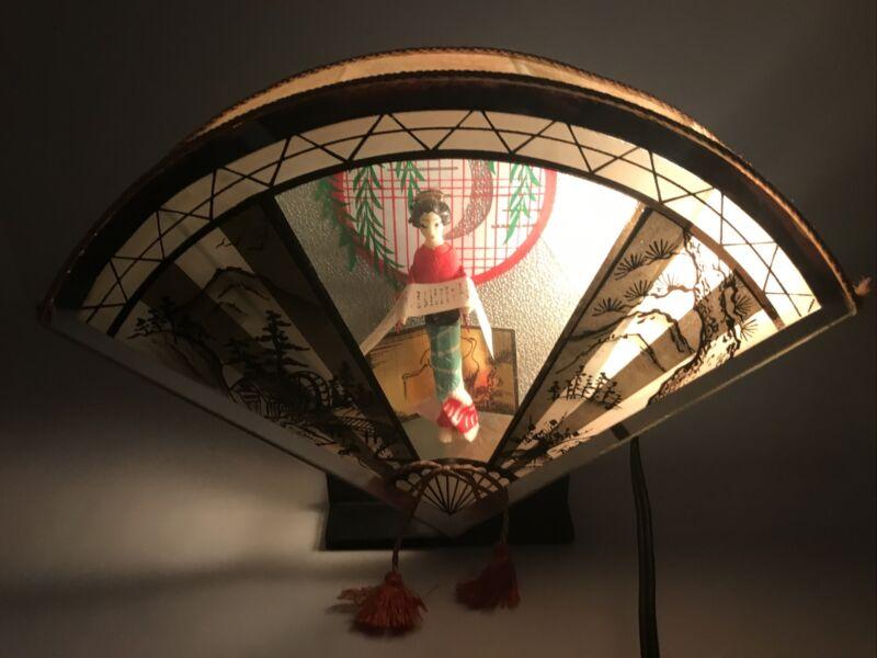 "VTG Japanese Geisha Girl Lamp Shadow Box Fan Shape Desk TV Shelf 11""Wx7.5""H x2""W"