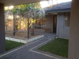 WILSON UNIT IN QUITE AND SECURE END OF CUL DESAC STREET   MODERN Cottesloe Cottesloe Area Preview