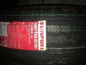 255/70R16 Brand new set of 4