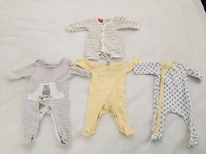 Unisex Baby Clothes size 00000 New Farm Brisbane North East Preview