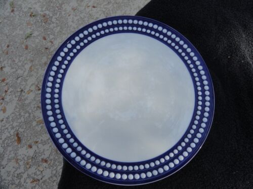 Le Objet Paris Perlee Bleu Embossed White Dots Blue Rim White Dinner Plate