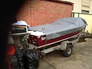Savage 15 foot boat and tralier fishing/speed boat
