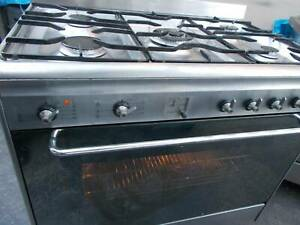 Smeg 900mm dual fuel oven fan forced perfect working order