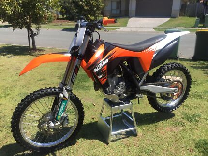 2011 ktm350sxf low hrs cheap bike  Rothwell Redcliffe Area Preview