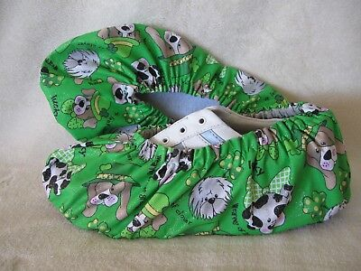 Lucky Irish dogs bowling shoe covers. Gold sparkle. Ladies size 7-9.