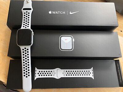 Apple Watch Series 5 44mm Nike + Apple Warranty March 2021