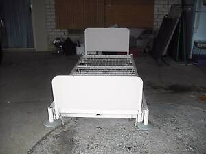 Hi/Lo Adjustable Hospital Bed. Morayfield Caboolture Area Preview