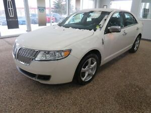 2010 Lincoln MKZ Low kms, no accidents, clean carfax report....