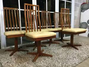 Amazing Retro Vintage Parker-Eames Swivel Dining Chairs (6)