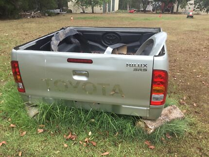 Toyota Hilux SR5 Tub Tray and  liner with bumper bar Burpengary Caboolture Area Preview