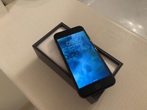 IPhone 8 64gb perfect condition unlocked