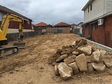 Sandstone boulders- free Maroubra Eastern Suburbs Preview