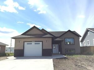 NICE NEW 5 BEDROOM HOME IN TAYLOR