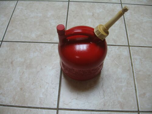 OLD SCHOOL PRE BAN EAGLE 1 1/4 GALLON GAS CAN VENTED FOR FAST POURING