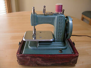 Best Selling in  Vintage Sewing Machine