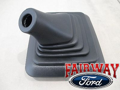 99 thru 06 F250 F350 OEM Ford 6.0 7.3L Diesel Manual Trans Gear Shift Lever Boot