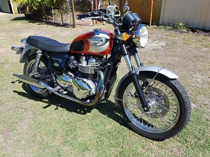 Triumph Bonneville T100 Centennial Limited Edition.2002 Furnissdale Murray Area Preview