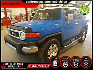 Toyota FJ Cruiser 4X4 B AUTOMATIQUE BLEU 2007 WOW !!!