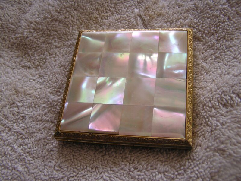 Vintage American Beauty Compact Mother of Pearl