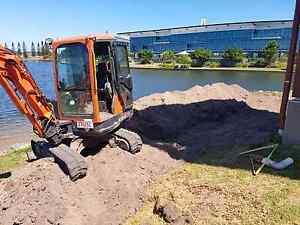 Englishs Earthmoving &Landscape Supplies Bli Bli Maroochydore Area Preview