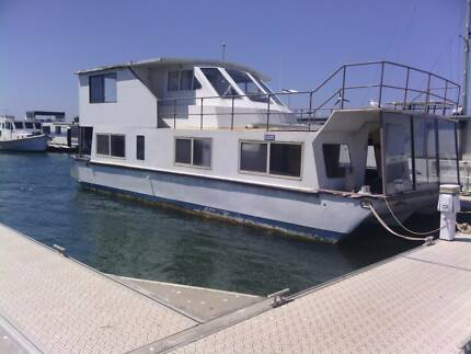 Houseboat two story project