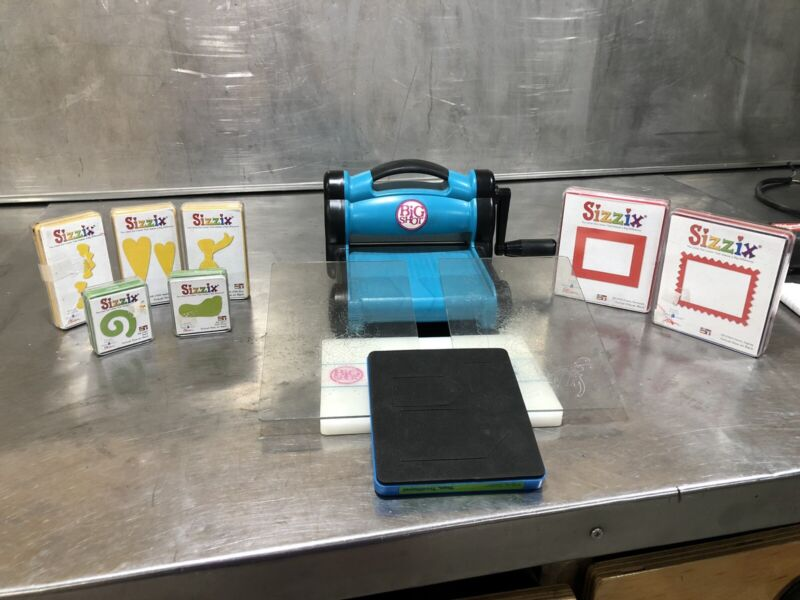 Sizzix Big Shot Die Cutting Machine (used) With Extras