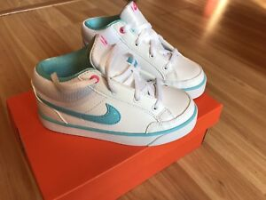 New toddler size 10