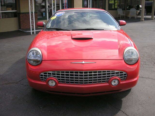 Ford : Thunderbird 2dr Converti LOOK 2004 FORD THUNDERBIRD  TWO OWNER CAR  !