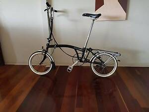 Imported from U.K. -Unisex Folding Black Brompton-Black&Silver Seventeen Mile Rocks Brisbane South West Preview