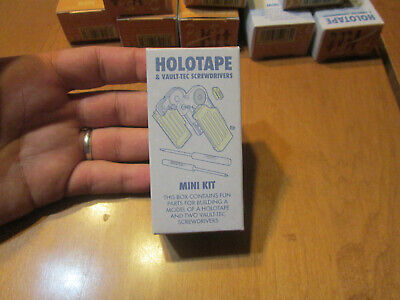 Fallout Pip-Boy 2000 MK VI Holotape Mini Building Kit + Random Card NEW IN BOX