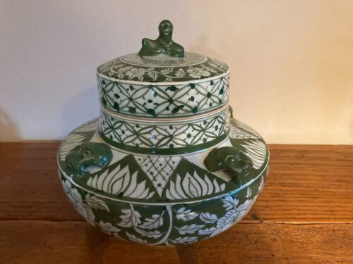 Asian Green and White Ginger Jar w/Lid