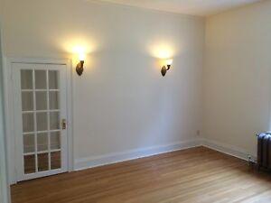 Amazing 2 bedroom 2 bath suite character suite MUST SEEE
