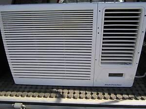 5.8kw Kelvinator model KWJ62HRA Eden Hill Bassendean Area Preview