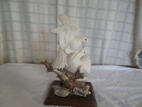 """A Belcari Italy love birds, Doves figure by Dear, Goebel 13"""""""