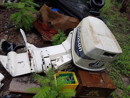 JOHNSON EVINRUDE 120HP 140HP 130HP OUTBOARD WRECKING GOOD PRICES