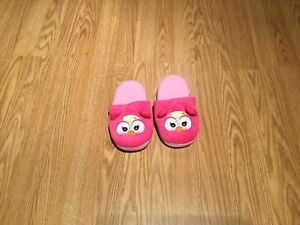Girl's slippers (size 13-1) Just like new!