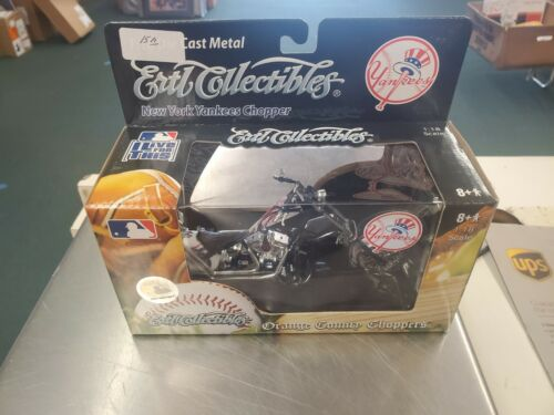 2006 ERTL ORANGE COUNTY CHOPPERS NY YANKEES 1:18 SCALE ~ NIB
