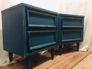Matching Mid Century Modern Side/End Tables