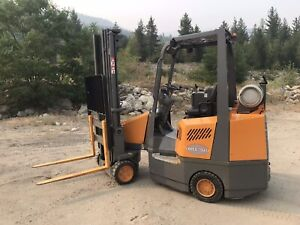 Forklift Aisle master 44s hydrostatic low hrs!!