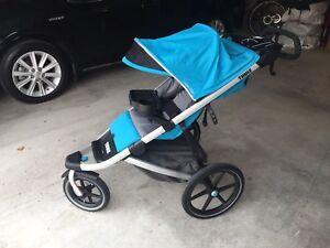 Brand new Thule Uran Glide 1 stroller  Blue