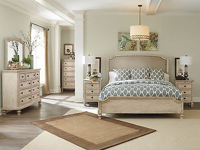 Traditional Design Antique White 5pcs Bedroom Furniture w/ Queen Fabric Bed IA0Z
