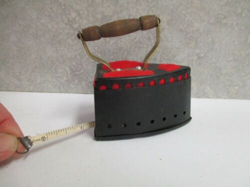 Vintage Old Fashioned Steam Iron Pin Cushion Tape Measure Made In Japan  SEWING