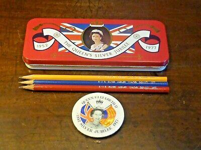 VINTAGE QUEEN ELIZABETH SILVER JUBILEE 1977 TIN with BROOCH & 3 unused PENCILS